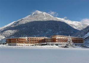 Im Ranking von HRS (Hotel Reservation Service) führt das Thermenhotel im Ötztal.